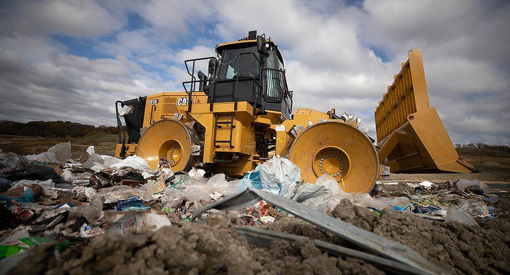 https://constructionintelsummit.com/ksa/wp-content/uploads/2021/04/Cat-816-Landfill-Compactor_1000x600-1-1000x540.jpg